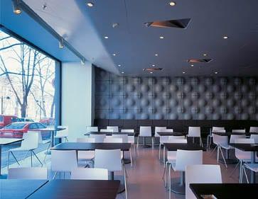 00KANSI_01_PRAVDA_ravintola